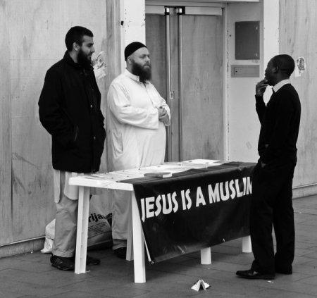Jesus_is_still_a_Muslim_by_daliscar